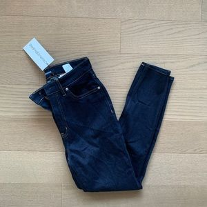 NWT high rise Calvin Klein skinny jeans